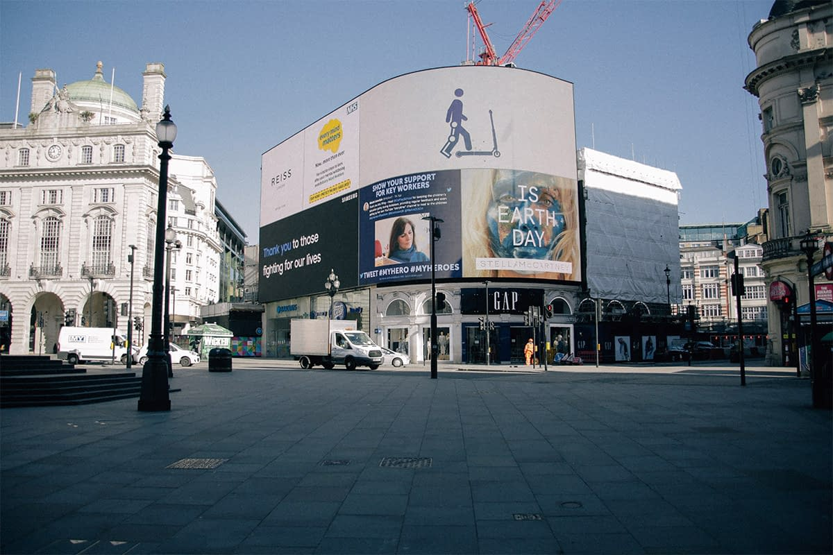 Piccadilly Circus lockdown